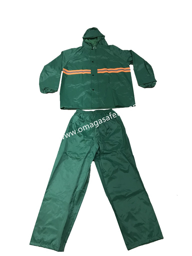 COLOR GREEN RAINCOAT PANTS AND JACKET CODE: MG-07